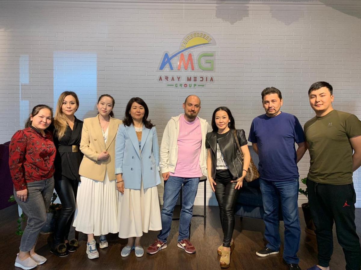 «Aray Media Group» ЖШС директоры Мадина Әбішева Мамайдың мәлімдемесі туралы - мұндай былыққан адамға сенбеңіздер
